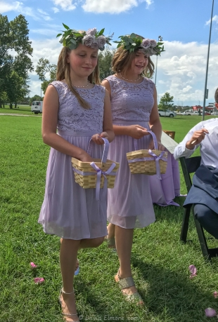 Flower girls at Claire and Ollie wedding, The Round Barn, Lexington, KY