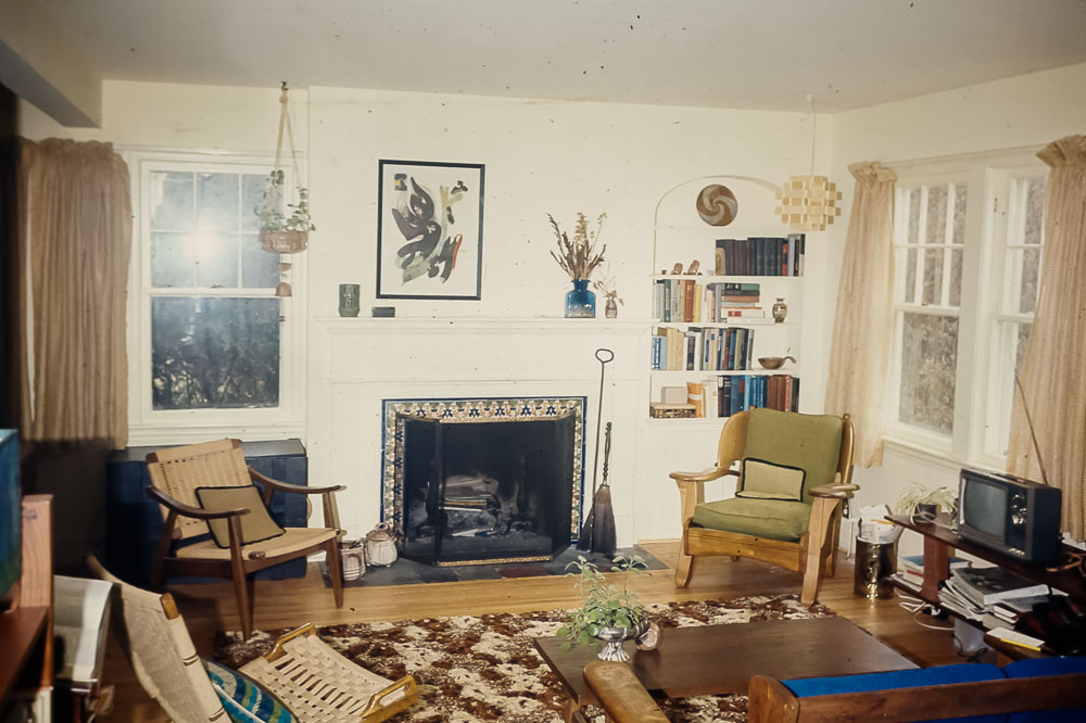 12 Pickford living room - January 1975
