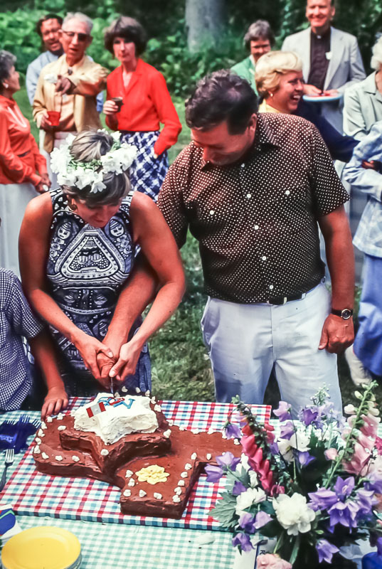 Cutting the Texas cake - July 1980