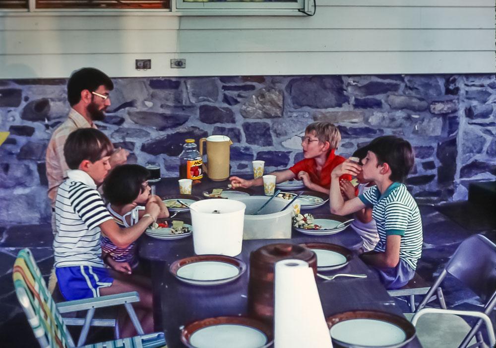 Kids table - July 1985