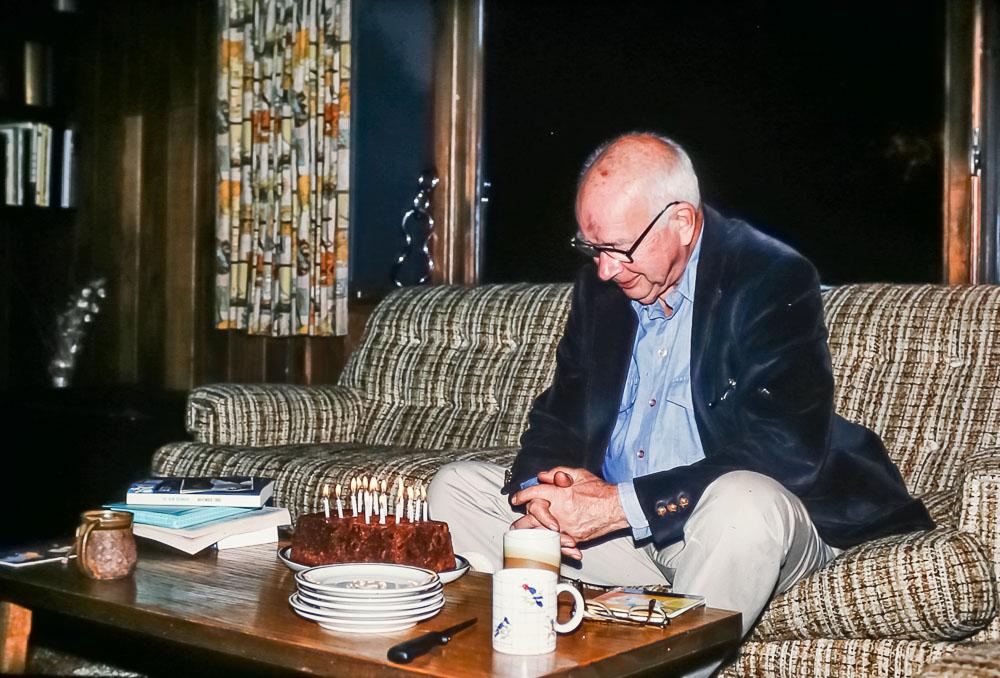 Bill's birthday, 2986