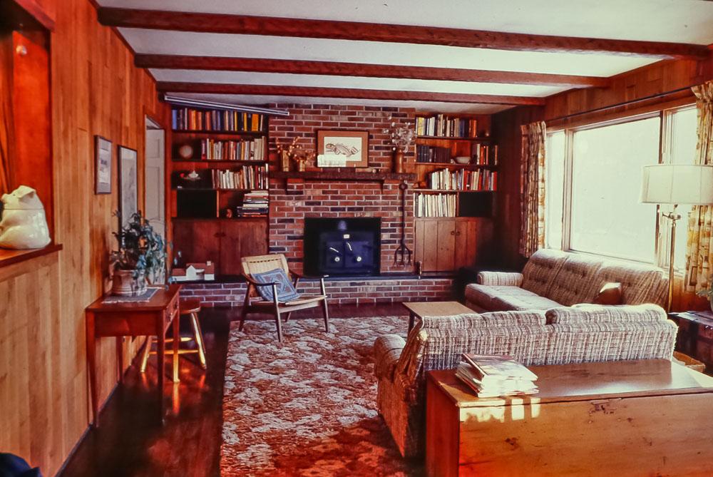 1988 Danforth family room