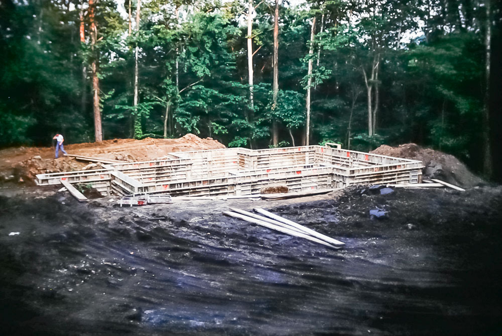 1989 basement forms in place