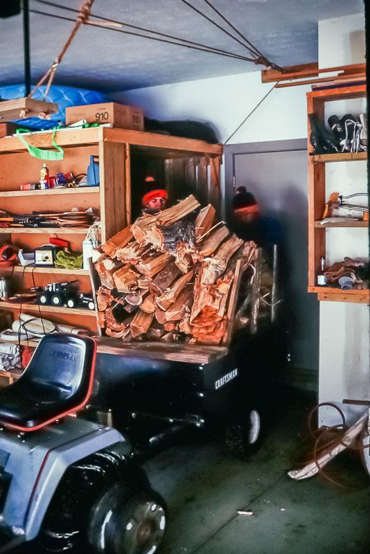 1993 Loading wood