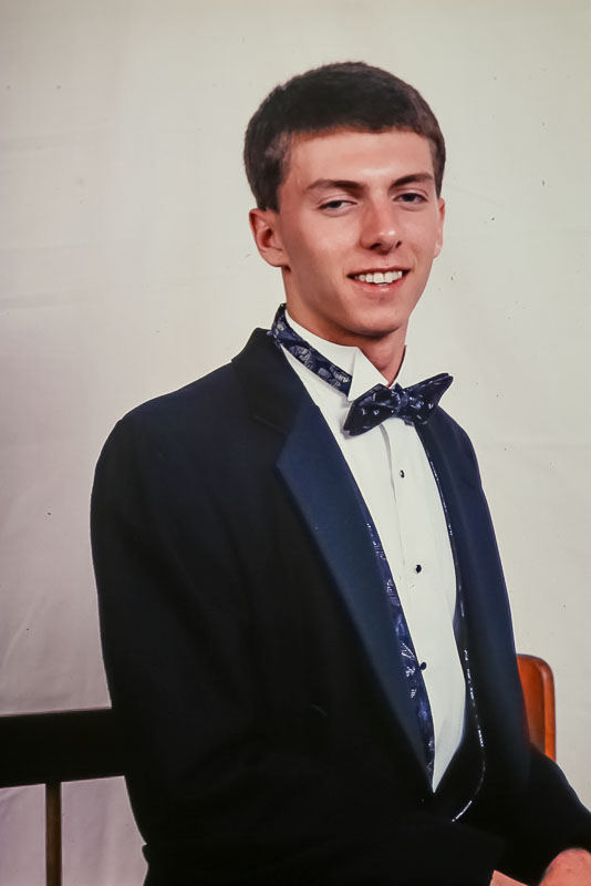 1995 Steven ready for prom