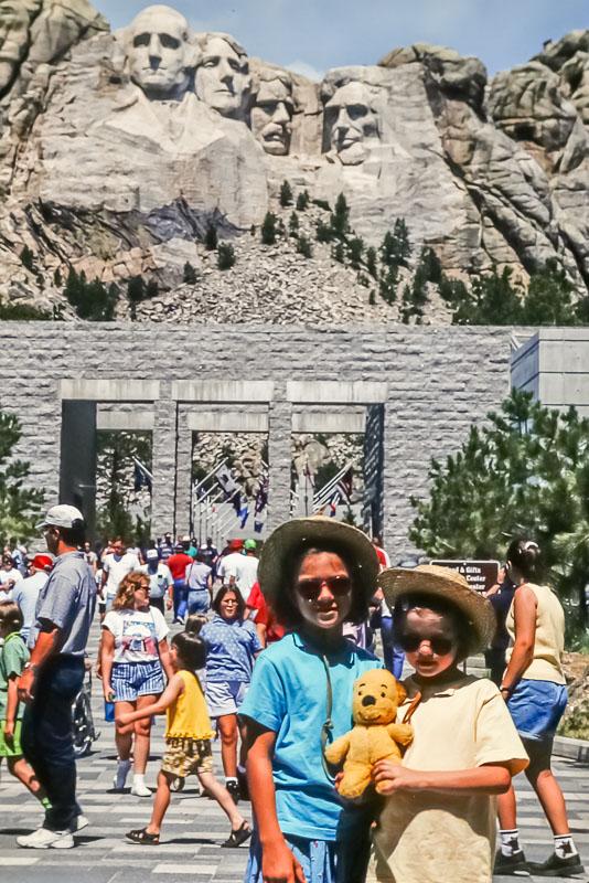 1998 Amanda NF Emily at Mt, Rushmore