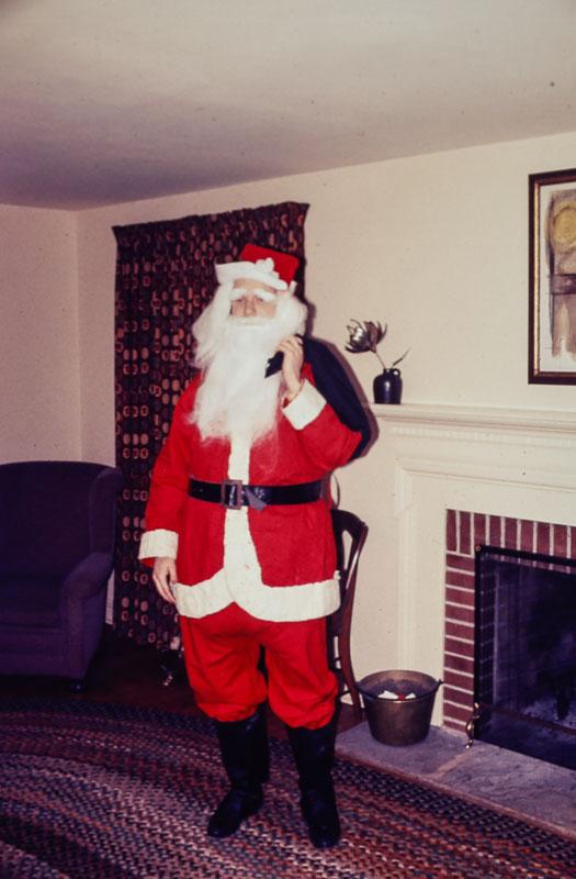 1993 Santa visits 550 Rutgers