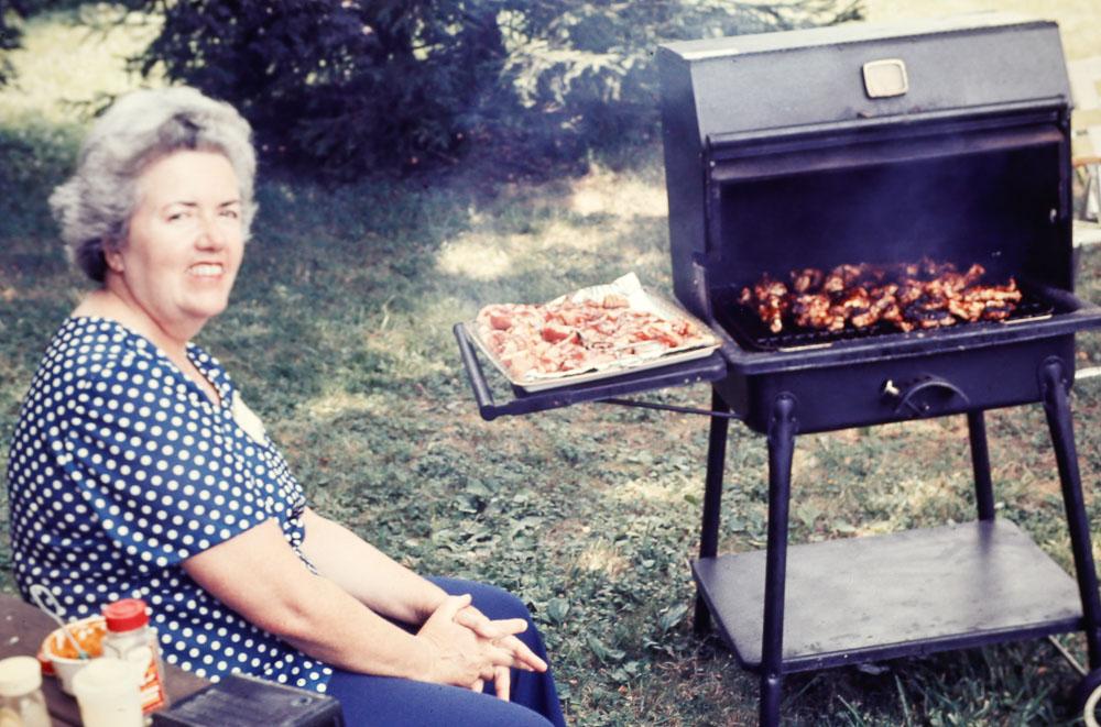 August 1977 Rutgers Avenue neighborhood pig roast