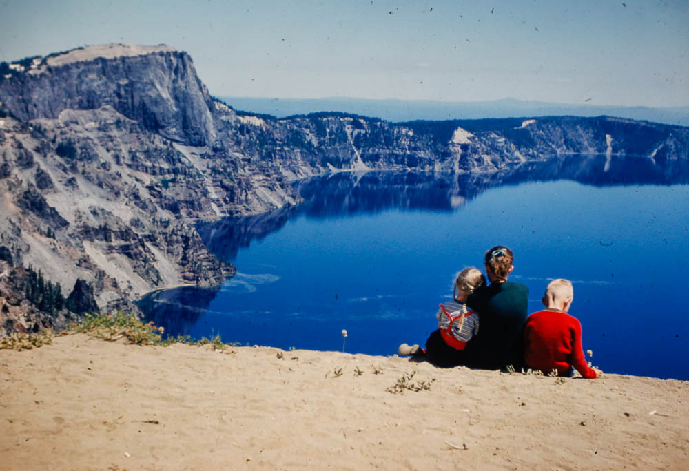 1953 Liz, Mary, and David at Crater Lake
