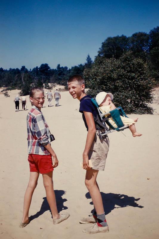 1960 Liz, David, and Page