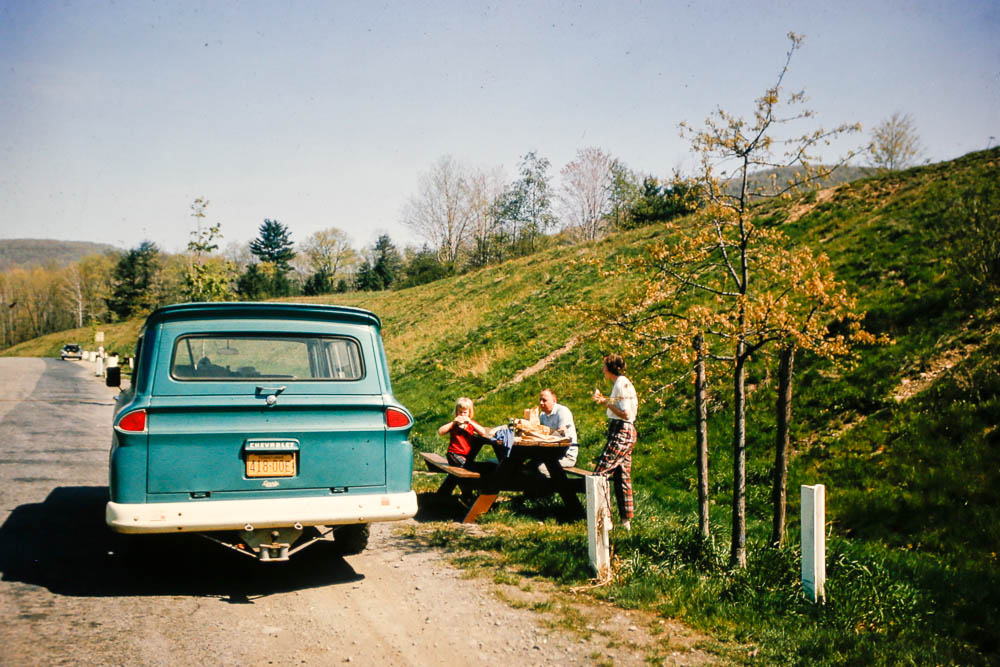 1968 Lunch stop
