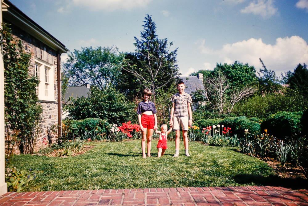1961 DAVID, Liz, and Page