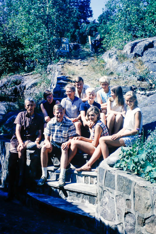 1966 David and Liz with Bade family