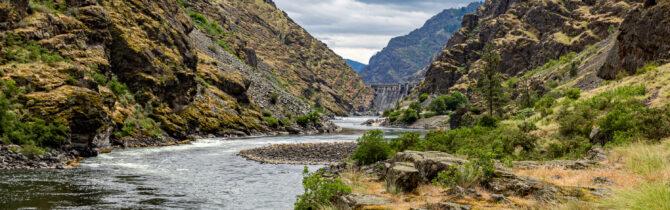 Hell's Canyon Dam hike